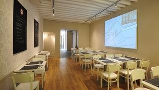 Monument Café Chambord - Chambord