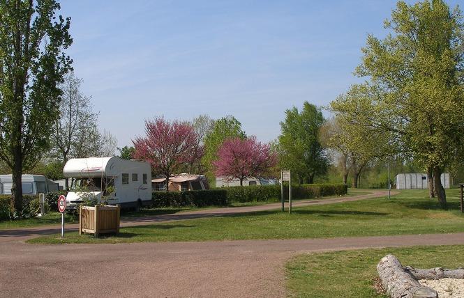 Camping Municipal de l'Amitié 11 - Saint-Laurent-Nouan