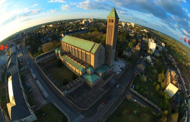 Basilique Notre Dame de la Trinité 2 - Blois