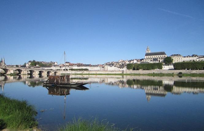 Mon voyage sur la Loire en bateau traditionnel 3 - Blois