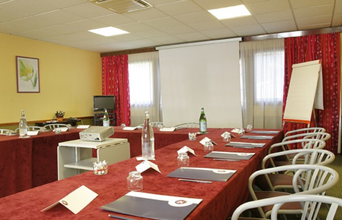 Hôtel-restaurant IKAR 7 - Saint-Gervais-la-Forêt